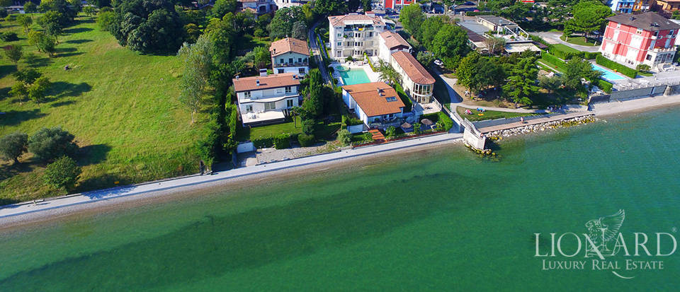 Splendid villa on Lake Garda equipped with all comforts Image 33