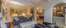 luxury apartment in a historic area of florence