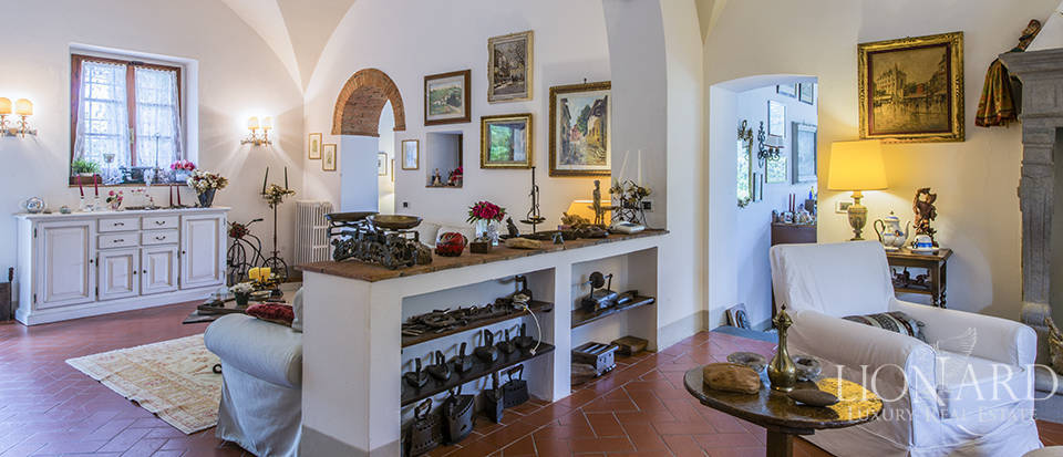 Wonderful property for sale in the province of Florence Image 10
