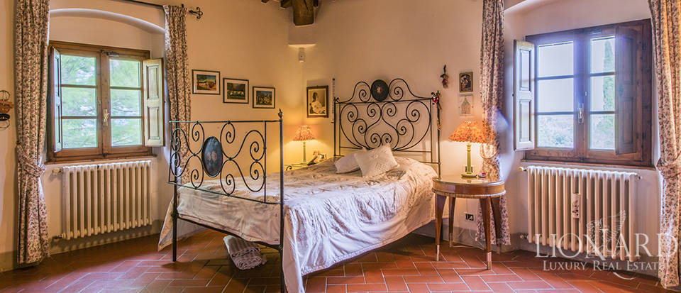 Wonderful property in the province of Florence Image 26