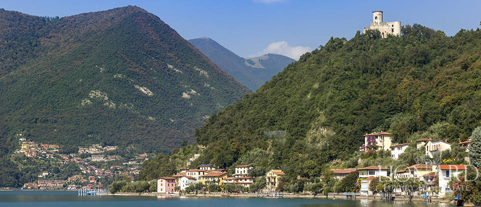Ancient castle for sale on Lake Iseo Image 1