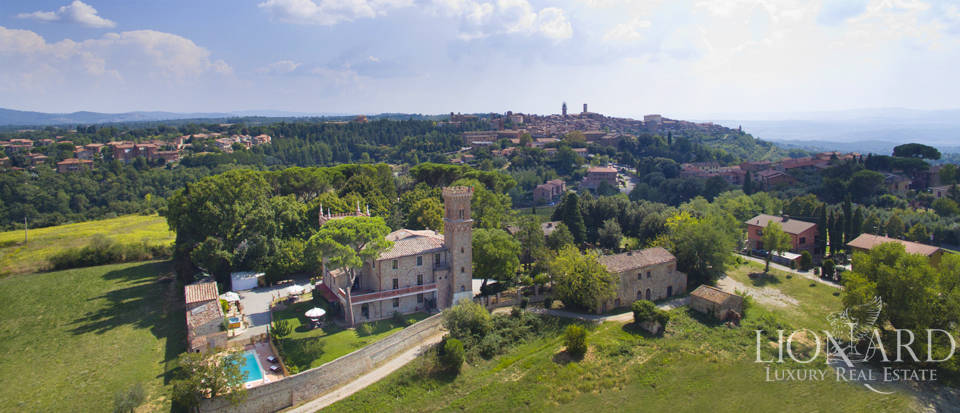 Prestigious spa hotel in Umbrian castle for sale Image 5