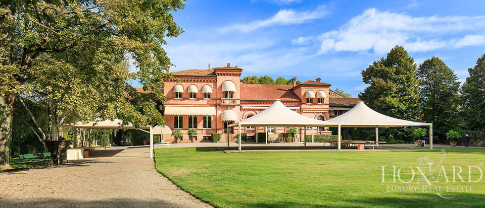 Luxury estate for sale in Piedmont Image 10