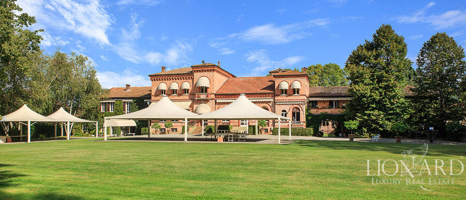 Luxury estate for sale in Piedmont Image 5