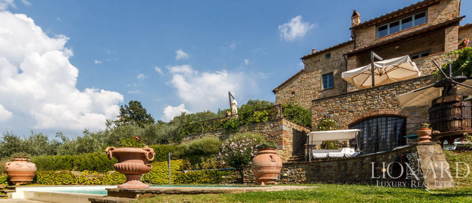 fantastic luxury villa in cortona