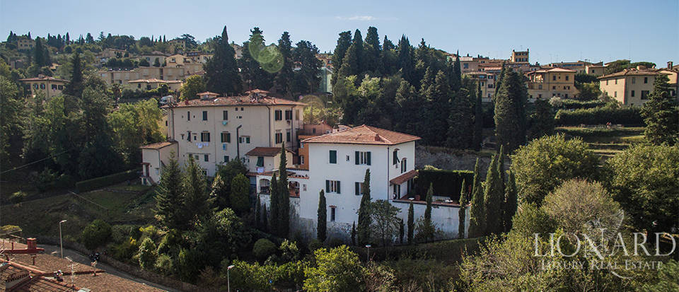 Wonderful villa for sale in Fiesole Image 2