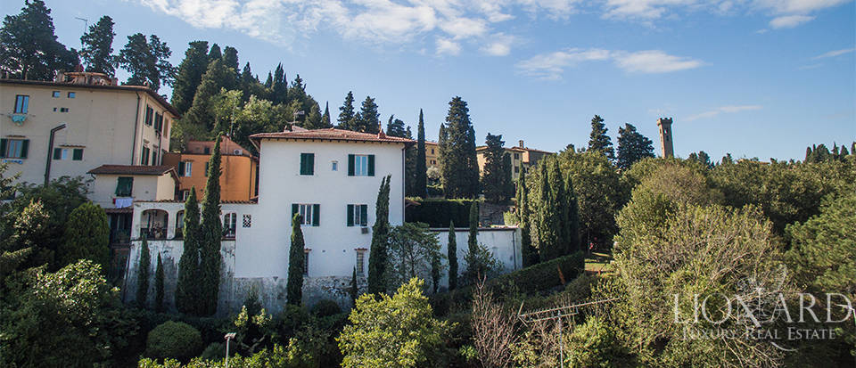 Wonderful villa for sale in Fiesole Image 11