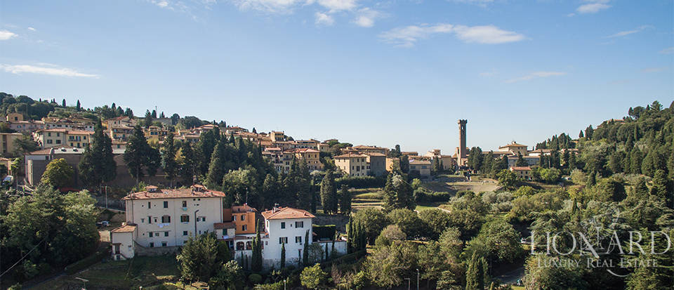 Wonderful villa for sale in Fiesole Image 4