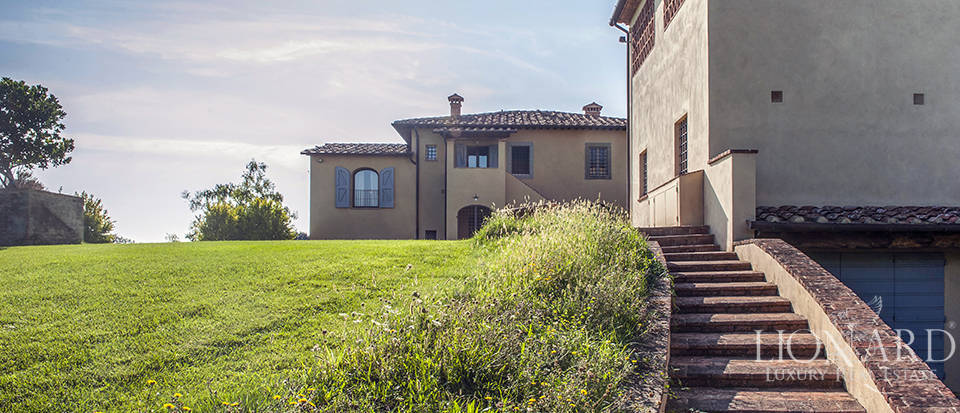 Lovely farmhouse for sale in Pisa Image 5