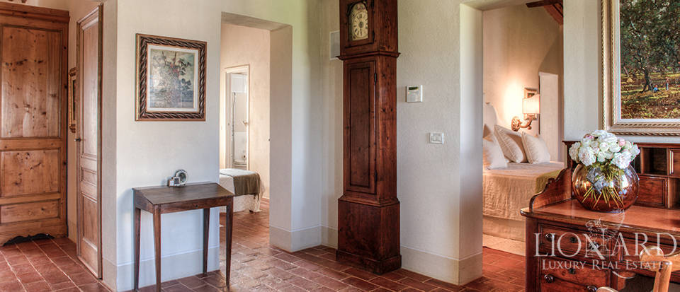 Lovely farmhouse for sale in Pisa Image 37