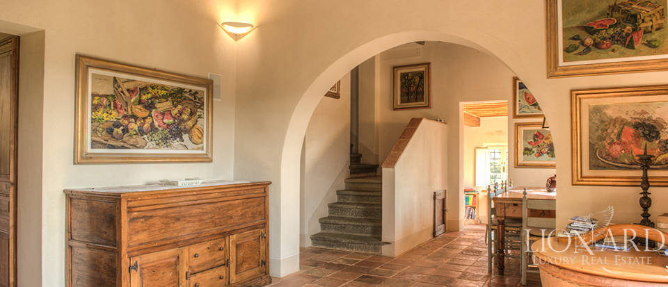 Lovely farmhouse for sale in Pisa Image 24