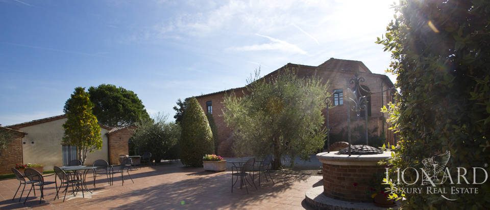 Lovely resort for sale in Siena Image 21