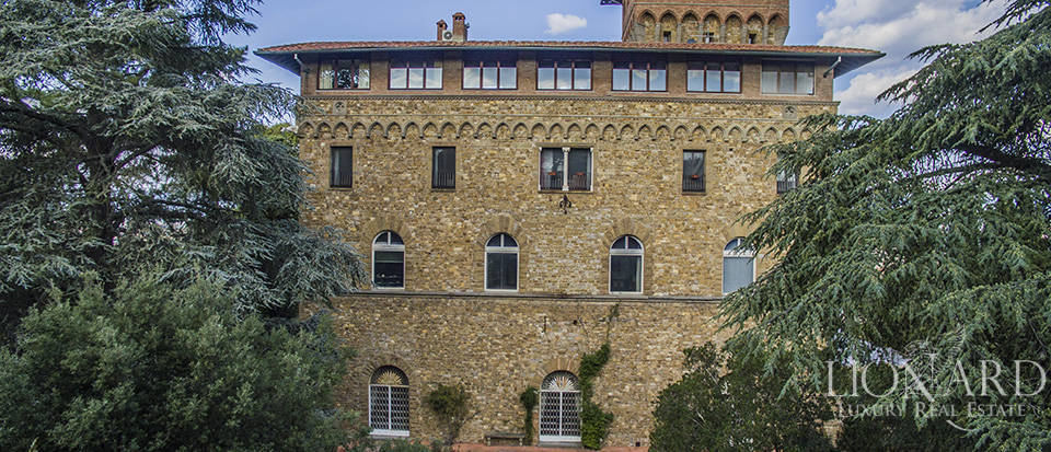 Apartment in a castle with a spectacular view over Florence Image 8