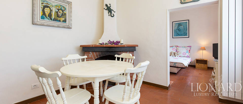 Luxury house with swimming pool for sale in Liguria Image 54