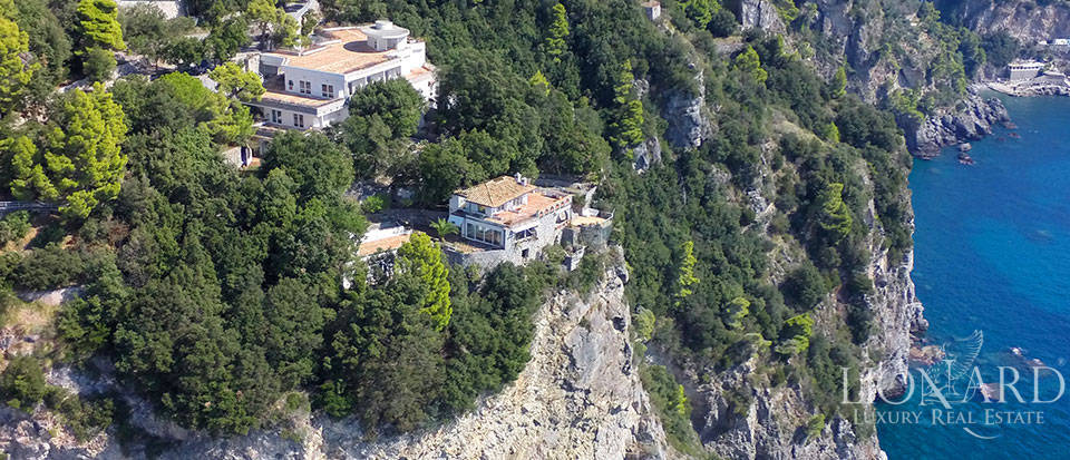 Luxry hotel for sale on the Amalfi Coast Image 8