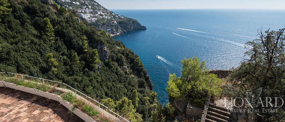 Luxry hotel for sale on the Amalfi Coast Image 16