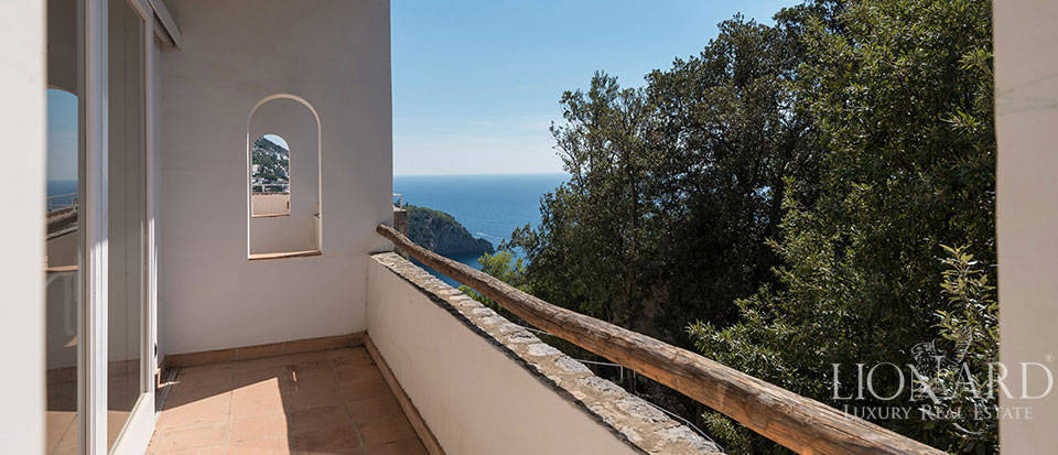 Luxry hotel for sale on the Amalfi Coast Image 19