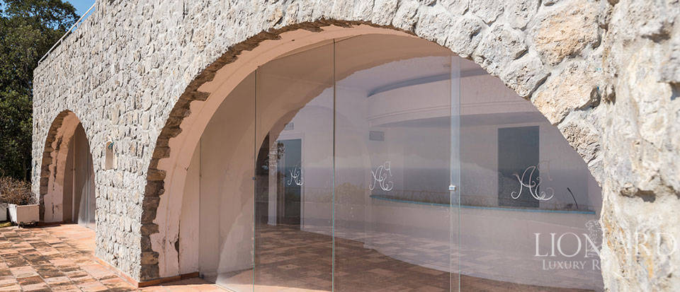 Luxry hotel for sale on the Amalfi Coast Image 20