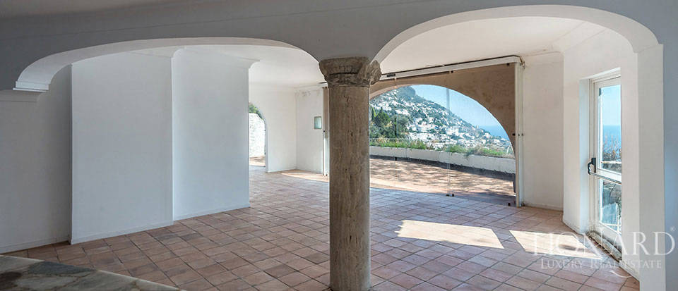 Luxry hotel for sale on the Amalfi Coast Image 22
