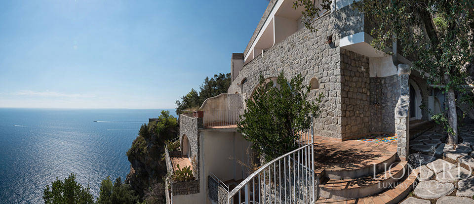 Luxry hotel for sale on the Amalfi Coast Image 23