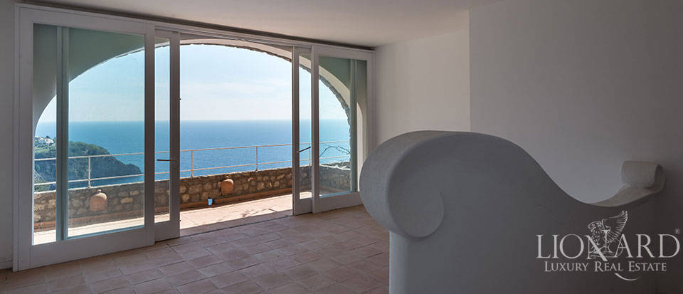 Luxry hotel for sale on the Amalfi Coast Image 24