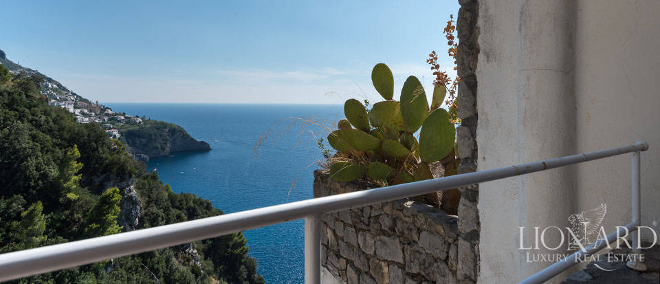Luxry hotel for sale on the Amalfi Coast Image 27