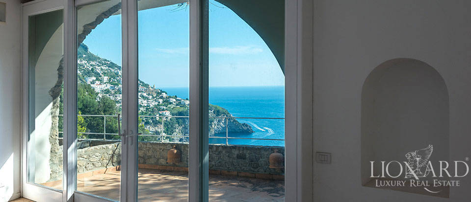 Luxry hotel for sale on the Amalfi Coast Image 31