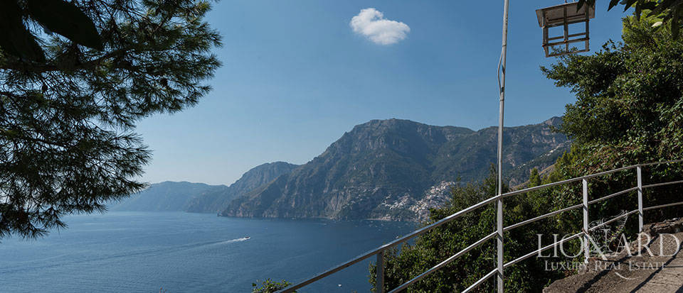 Luxry hotel for sale on the Amalfi Coast Image 37