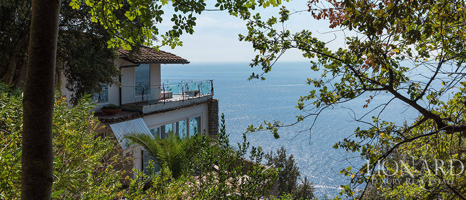 Luxry hotel for sale on the Amalfi Coast Image 38
