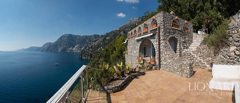 Luxry hotel for sale on the Amalfi Coast Image 39