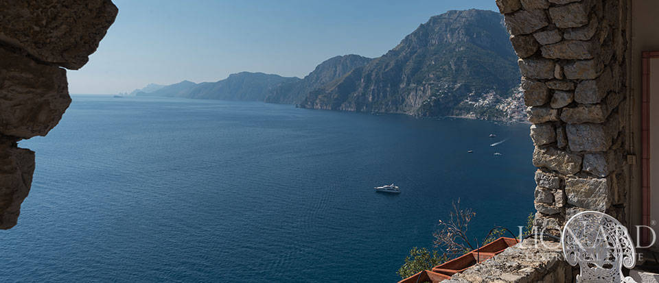 Luxry hotel for sale on the Amalfi Coast Image 40