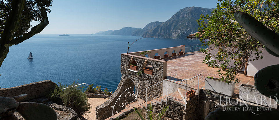 Luxry hotel for sale on the Amalfi Coast Image 43