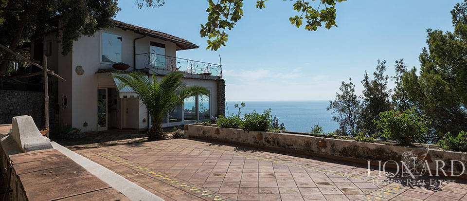 Luxry hotel for sale on the Amalfi Coast Image 53