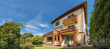 historic villa in the exclusive forte dei marmi