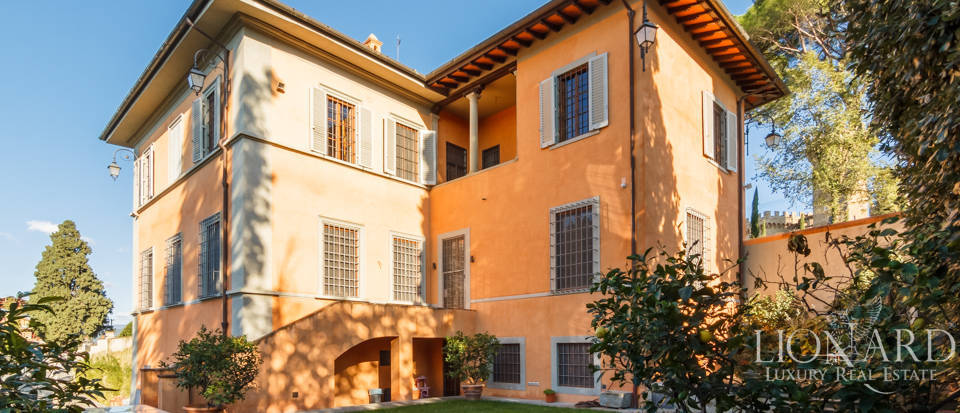 Villa with swimming pool for sale in Florence Image 27