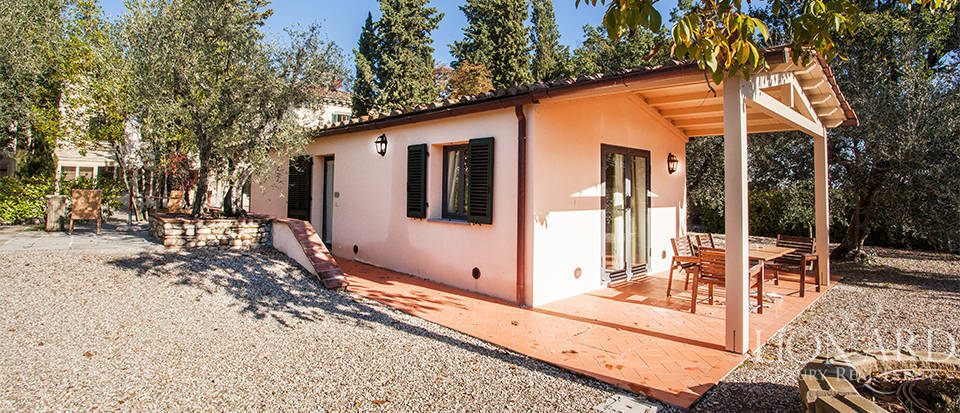 Villa for sale near Florence Image 21
