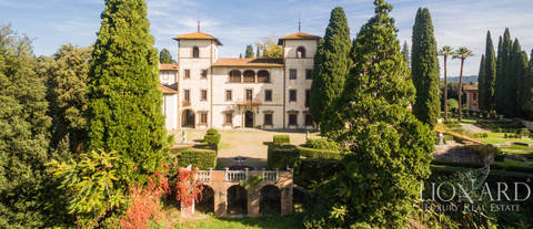 stunning villa for sale in tuscany