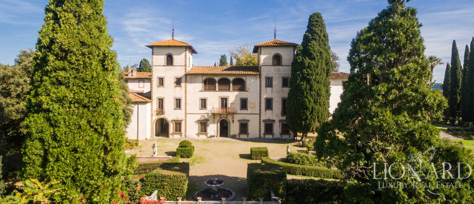 Luxury villa near Florence Image 9