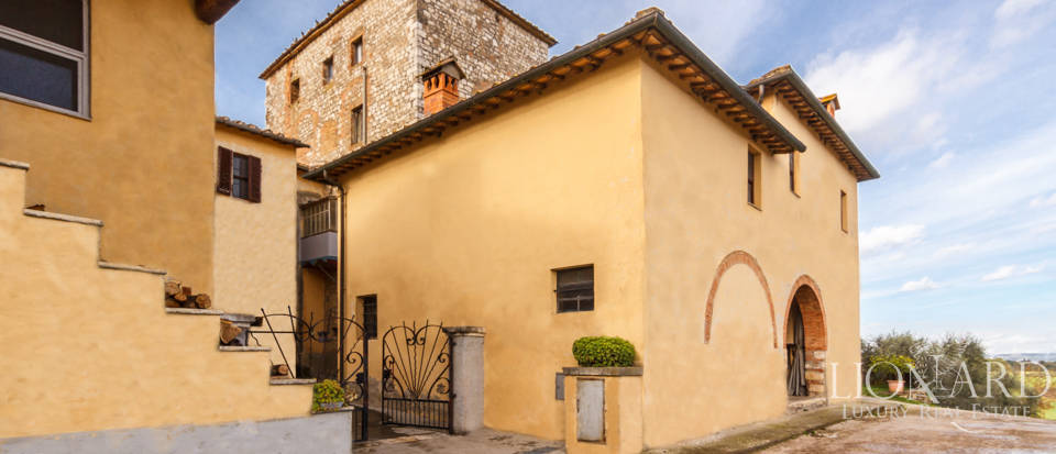 Luxury agritourism estate for sale in Siena Image 12