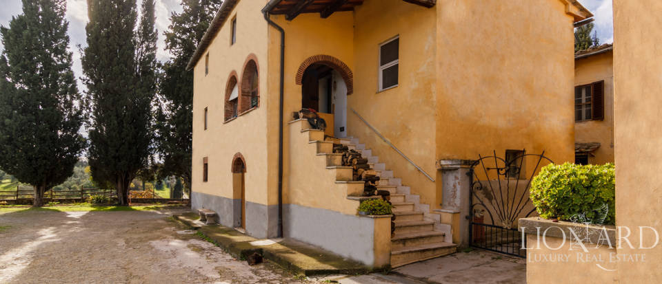 Luxury agritourism estate for sale in Siena Image 14