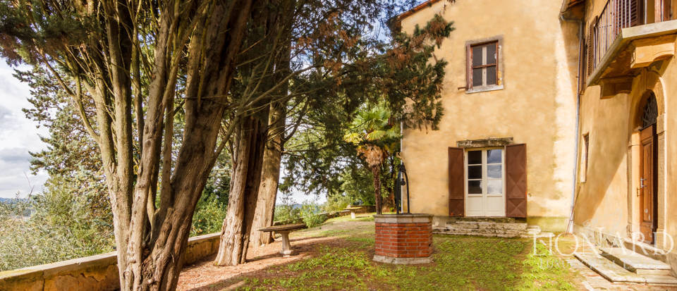 Luxury agritourism estate for sale in Siena Image 19