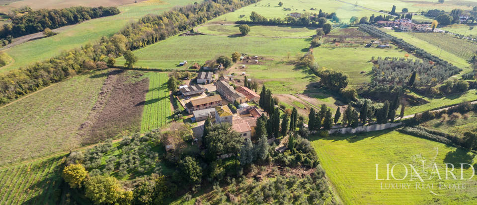 Luxury agritourism estate for sale in Siena Image 7