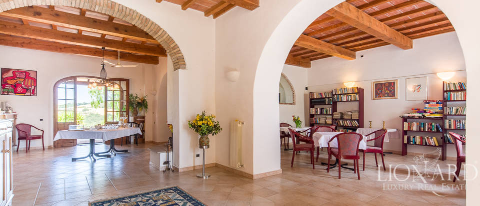Luxury agritourism estate for sale in Pisa Image 37