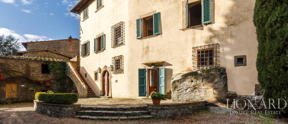 Dream home in the province of Florence Image 3