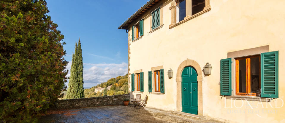 Dream home in the province of Florence Image 5