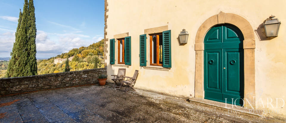 Dream home in the province of Florence Image 7