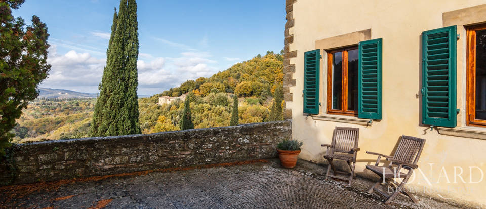 Dream home in the province of Florence Image 8