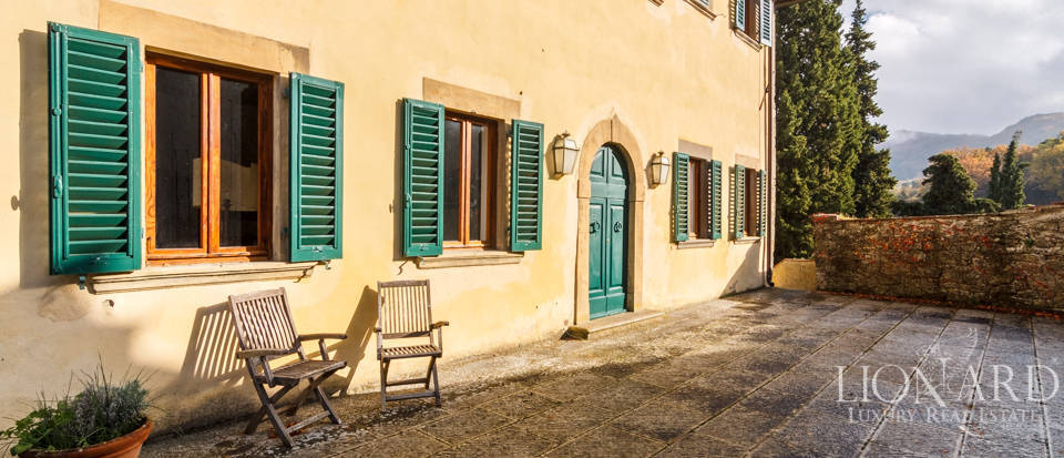 Dream home in the province of Florence Image 9