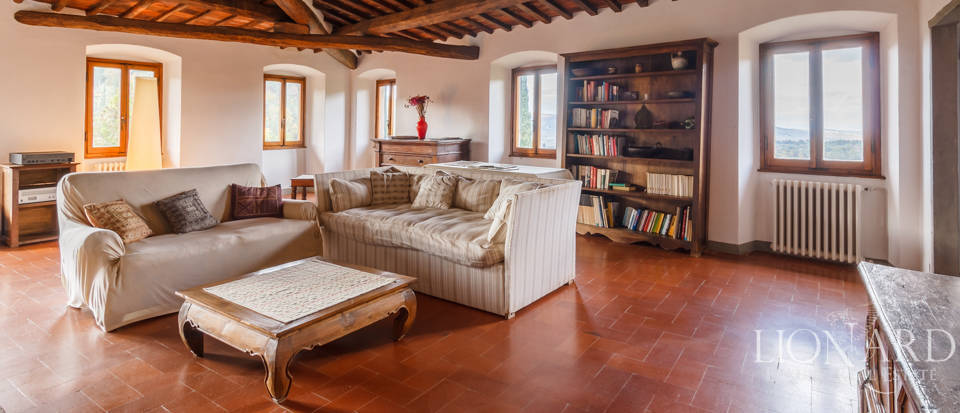 Dream home in the province of Florence Image 15