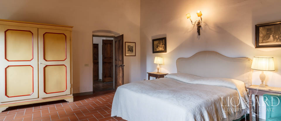Dream home in the province of Florence Image 42